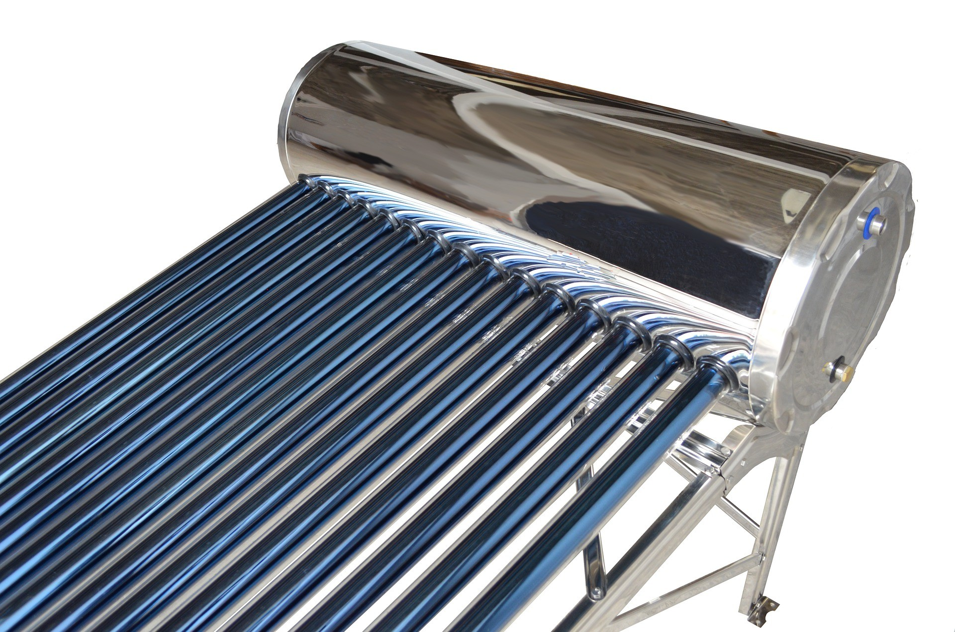 solar water heater operating at night
